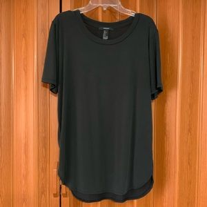 Forever 21 top women's size large black tee